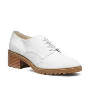 Michael Kors White Suede Oxfords size 7.5